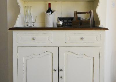 cream-cupboard